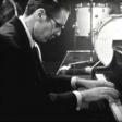 """Assista a histórica apresentação do Bill Evans Trio no """"Jazz 625"""" da BBC em 1965"""