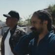 "Jay-Z e Damian Marley na Jamaica no vídeoclipe de ""Bam"""