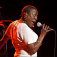 "Vem aí o novo álbum da Sharon Jones! Confira o single ""Matter Of Time"""