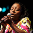 "Assista o novo videoclipe da Sharon Jones & The Dap-Kings: ""Call On God"""