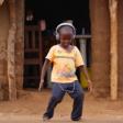 Assista a reação de crianças da Zâmbia ao ouvirem Jorge Ben pela primeira vez